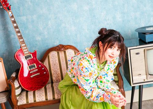 Konomi_Suzuki_a-sha_main_1yoko